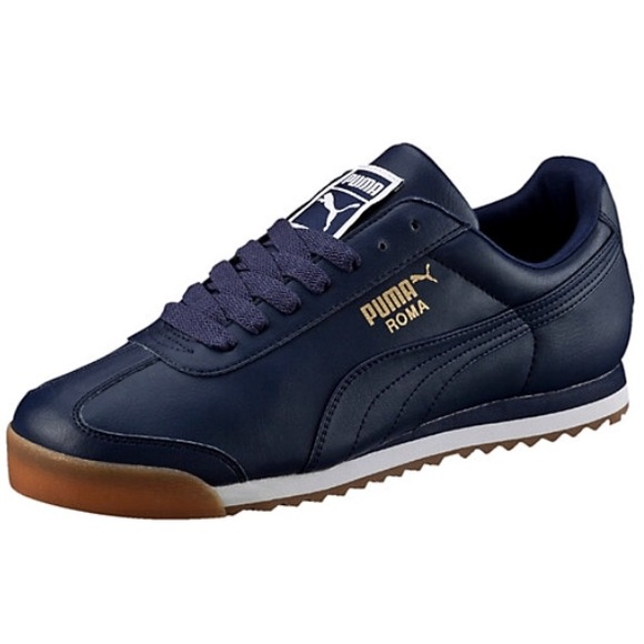 pretty nice 34265 adcb0 Men's blue Puma Roma shoes size 10.5